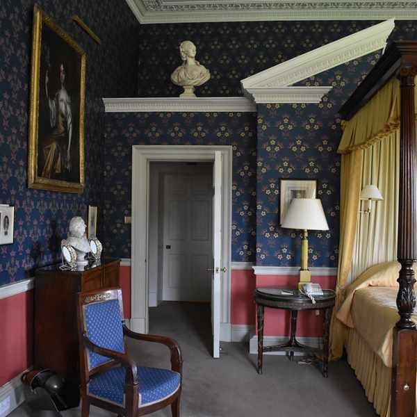 Hartwell House Royal Four Poster